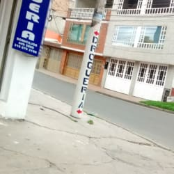 Droguería Everes  en Bogotá