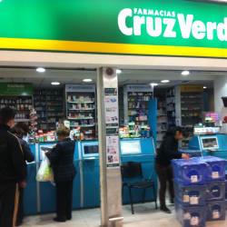 Farmacias Cruz Verde - Tottus Kennedy en Santiago