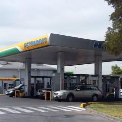 Petrobras - Rotonda Atenas en Santiago