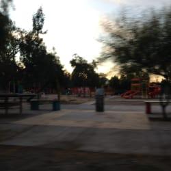 Plaza Torreblanca / Nueva Oriente en Santiago