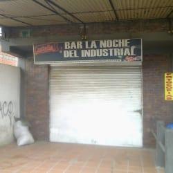 Bar La Noche del Industrial en Bogotá