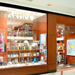 Librería Antártica - Mall Plaza Egaña en Santiago