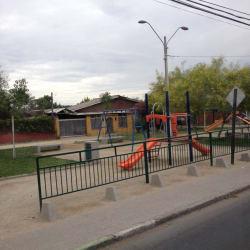 Plaza Pedro Aguirre Cerda / Carabinero Genaro Rodríguez en Santiago