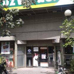 Farmacias Cruz Verde - Francisco Bilbao / Ricardo Lyon en Santiago