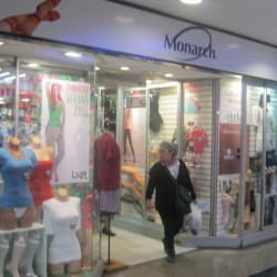 Monarch - Mall Plaza Alameda en Santiago