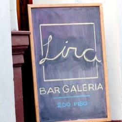 Lira Bar Galería en Santiago
