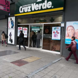 Farmacias Cruz Verde - Nueva Providencia en Santiago