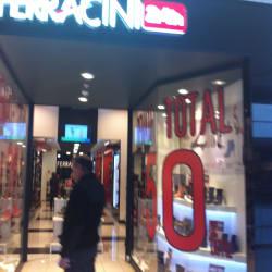 Ferracini - Mall Plaza Egaña en Santiago