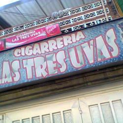 Cigarreria Las Tres Uvas en Bogotá