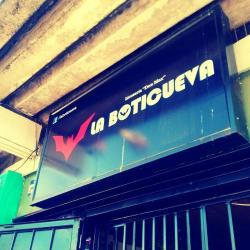 La Boticueva en Santiago