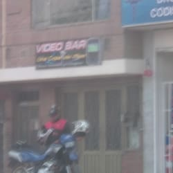 Video Bar Una Copa Mas en Bogotá