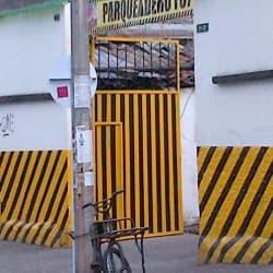 Parqueadero 12 De Octubre en Bogotá