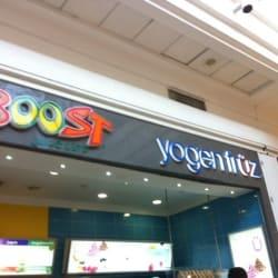 Yogen Früz - Mall Plaza Vespucio en Santiago