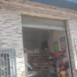Carnes Finas Carrera 102 en Bogotá
