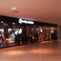 Volcom - Mall Plaza Egaña en Santiago
