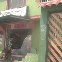 Tienda De Barrio Carrera 104B en Bogotá