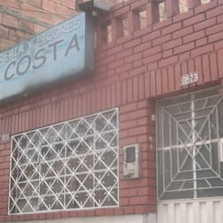 Cigarreria Y Licores La Costa en Bogotá