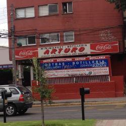 Botillería Minimarket Arturo en Santiago