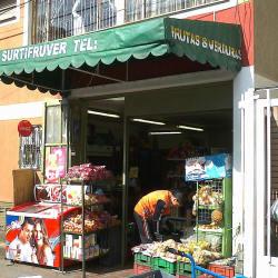 Surtifruver Carrera 8 Calle 161 en Bogotá