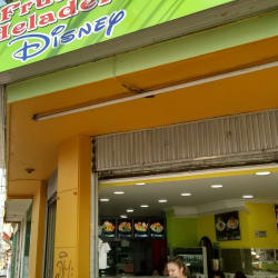 Fruteria y Heladeria Disney en Bogotá