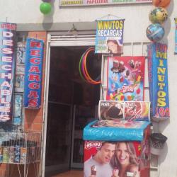 Piñateria y Miscelanea Rochi en Bogotá