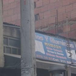 Vidrios y Aluminios Ninive en Bogotá