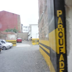 Parqueadero Público Carrera 8 en Bogotá