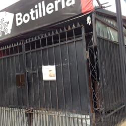 Botillería Cuatro Ases en Santiago