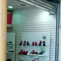 Cortesinos Family Shoes en Santiago