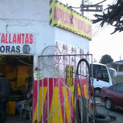 Montallantas 24 Horas Calle 17 en Bogotá