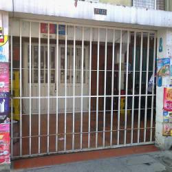 Tienda II Carrera 96G Calle 16 H en Bogotá