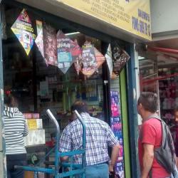 Distribuidora El Cometa en Santiago