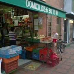 Autoservicio La Economía Frutas Y Verduras L.O en Bogotá
