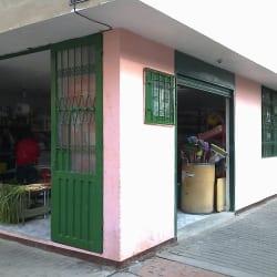 Minimercado Cra 122A Cl 22J en Bogotá