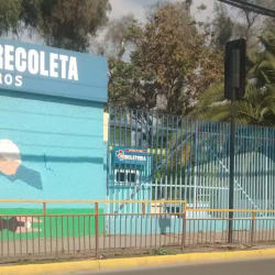 Estadio Leonel Sanchez Lineros en Santiago