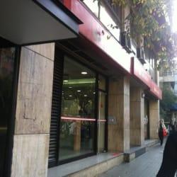 Banco Santander - Av. Providencia / General Flores en Santiago