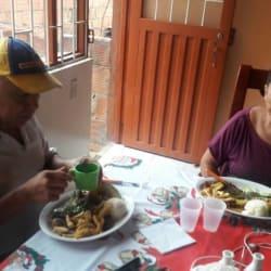 La Gran Llama Rola Carrera 7 en Bogotá
