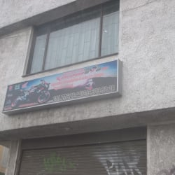 Almacen y Taller Xisomotos en Bogotá