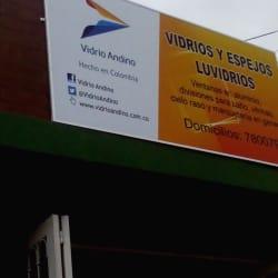 Vidrios y Espejos Luvidrios en Bogotá