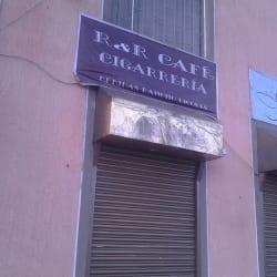 Bar Café Cigarrería en Bogotá