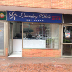 Laundy White en Bogotá