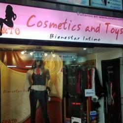 Cosmetics And Toys  en Bogotá