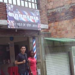Barbería Y Sala De Uñas Jacky en Bogotá