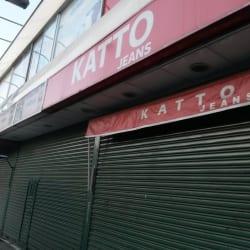 Katto Jeans en Santiago