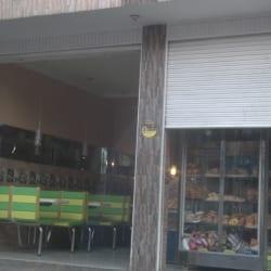 Panadería Carrera 88C con 53 en Bogotá