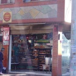 Panadería Carrera 104 con 64F en Bogotá