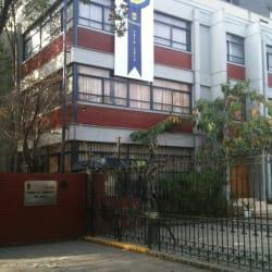 Liceo Carmela Carvajal de Prat en Santiago