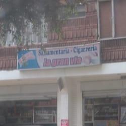 Salsamentaria Cigarreria La Gran Via en Bogotá