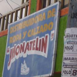Distribuidora de Ropa y Calzado Jhon Aletin en Bogotá