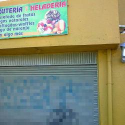 Fruteria y Heladeria Calle 78 con 111A en Bogotá